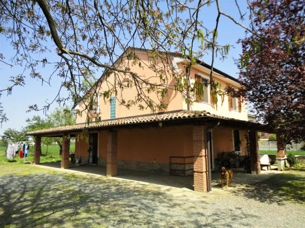 Casa indipendente in vendita a Alessandria, San Giuliano Nuovo, Con giardino, 140 mq