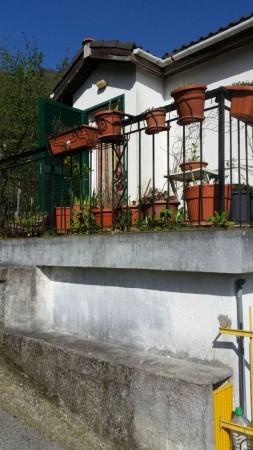 Villa in vendita a Lumarzo, Con giardino, 65 mq