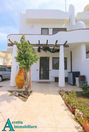 Villa in vendita a Taranto, Residenziale, Con giardino, 115 mq