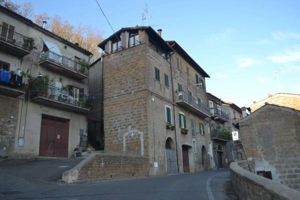Appartamento in vendita a Vignanello, 100 mq