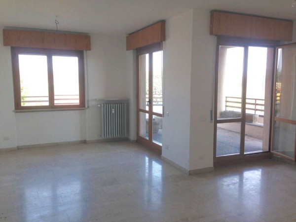 Appartamento in affitto a Jerago con Orago, Con giardino, 100 mq - Foto 8