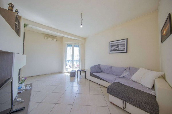 Appartamento in vendita a Milano, Affori Centro, 60 mq