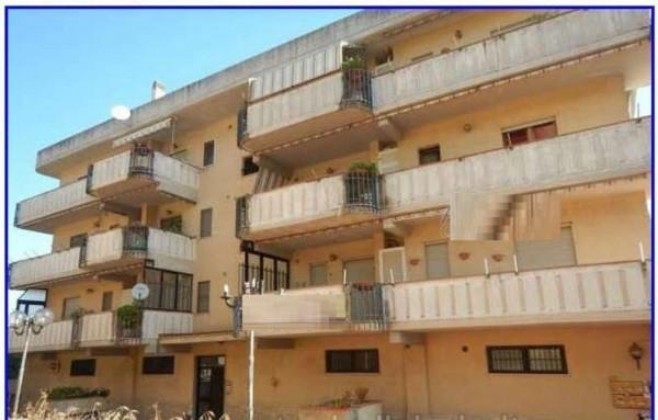 Appartamento in vendita a Lariano, 140 mq
