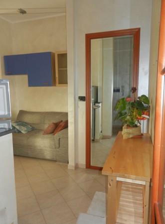 Appartamento in affitto a Venaria Reale, Centrale, Arredato, 45 mq