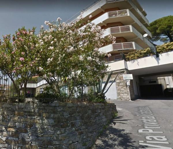 Appartamento in vendita a Rapallo, Con giardino, 94 mq