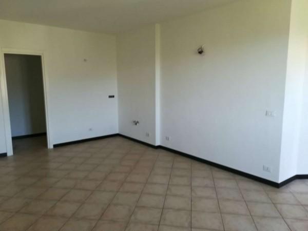 Appartamento in vendita a Uscio, Con giardino, 70 mq