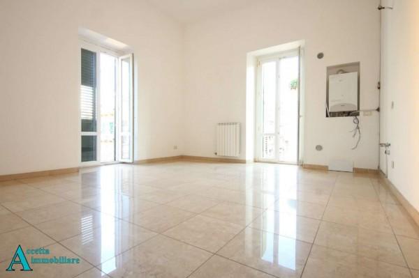 Appartamento in vendita a Taranto, Centrale, 76 mq