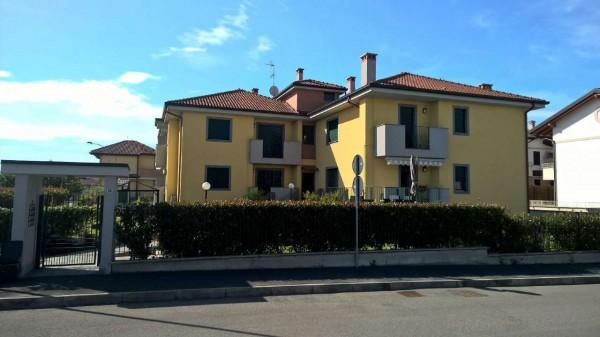 Appartamento in vendita a Boffalora sopra Ticino, Residenziale, Con giardino, 90 mq