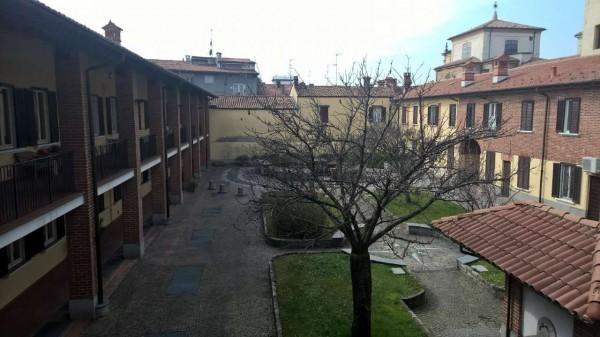 Appartamento in affitto a Corbetta, Centro, Con giardino, 60 mq