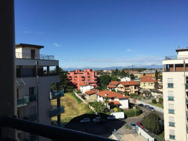 Appartamento in affitto a Corbetta, Residenziali, Con giardino, 120 mq