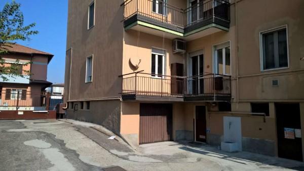 Appartamento in vendita a Magenta, Ospedale, Con giardino, 95 mq