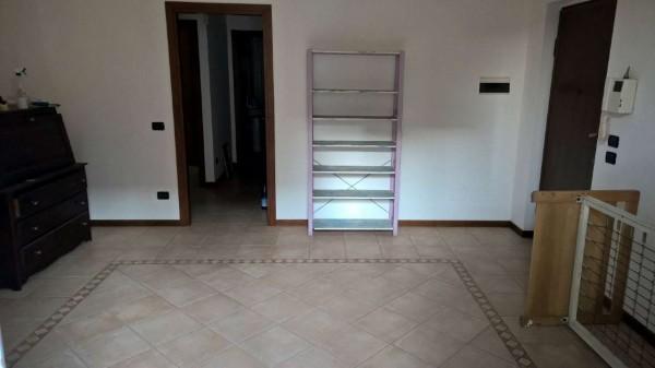 Appartamento in affitto a Marcallo con Casone, Centrale, Con giardino, 100 mq