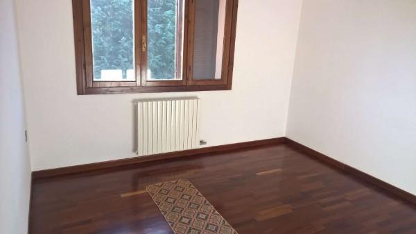 Villetta a schiera in affitto a Settimo Milanese, Residenziale, Con giardino, 300 mq - Foto 10