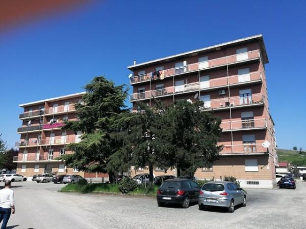 Appartamento in vendita a Nizza Monferrato, Nizza Monferrato, 110 mq