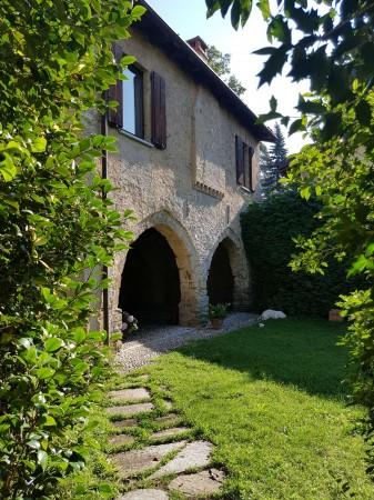 Casa indipendente in affitto a Varese, Velate, Con giardino, 247 mq