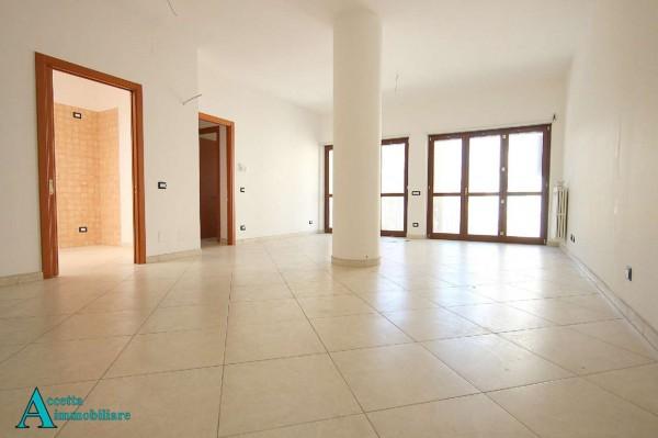 Appartamento in vendita a Taranto, Residenziale, 88 mq