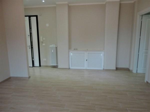 Appartamento in vendita a Alessandria, Centro, 130 mq