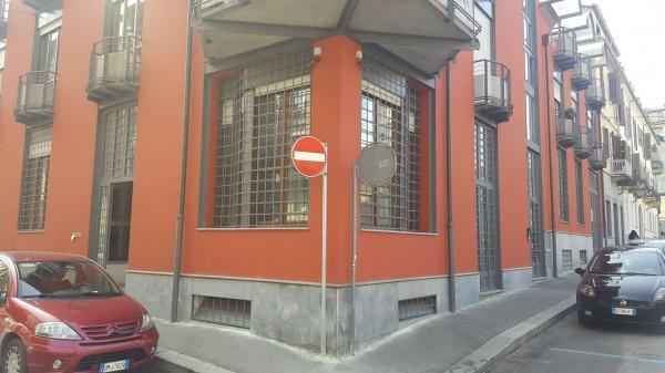 Ufficio in affitto a Torino, San Donato, 100 mq