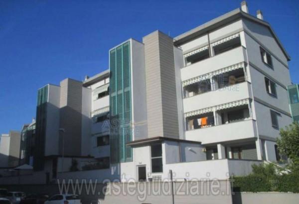 Appartamento in vendita a Firenze, Quaracchi, 72 mq