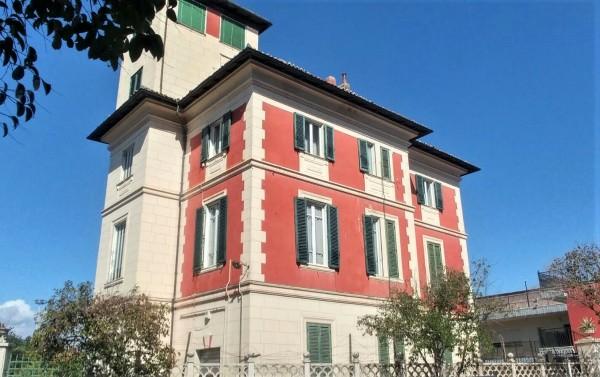 Casa indipendente in vendita a Roma, Tuscolano, Con giardino, 450 mq