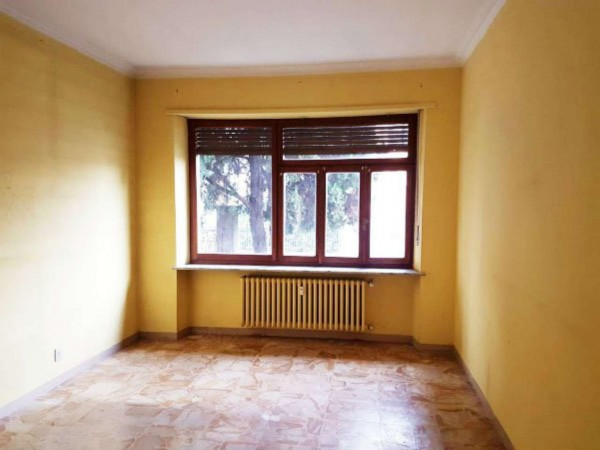 Appartamento in affitto a Nichelino, Via Torino, 70 mq