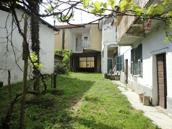 Casa indipendente in vendita a San Salvatore Monferrato, Con giardino, 250 mq