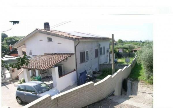 Casa indipendente in vendita a Lanuvio, 154 mq