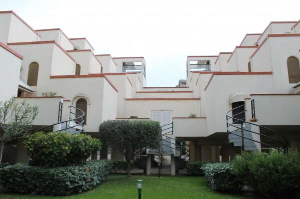 Appartamento in vendita a Spotorno, Centro, Arredato, con giardino, 70 mq