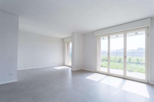 Appartamento in vendita a Cassina de' Pecchi, Con giardino, 182 mq