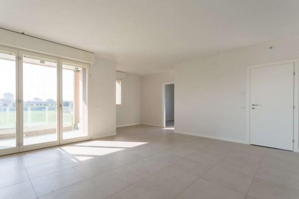 Appartamento in vendita a Cassina de' Pecchi, Con giardino, 164 mq