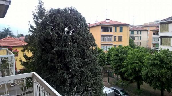 Appartamento in affitto a Magenta, Centro, Con giardino, 150 mq - Foto 2