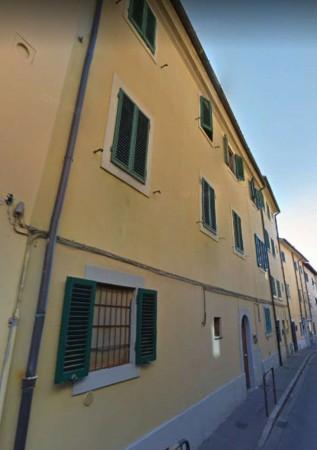 Appartamento in vendita a Prato, Centro, 87 mq