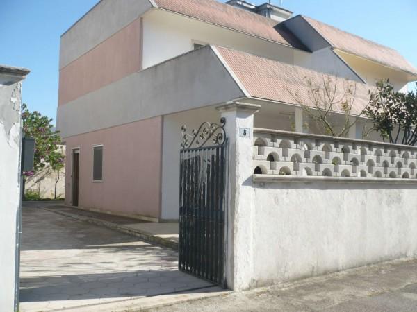 Casa indipendente in vendita a Lecce, Spiaggiabella, Con giardino, 100 mq