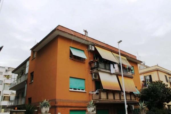 Appartamento in vendita a Roma, Torrevecchia, 75 mq