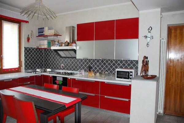 Appartamento in affitto a La Loggia, Centrale, Arredato, 110 mq