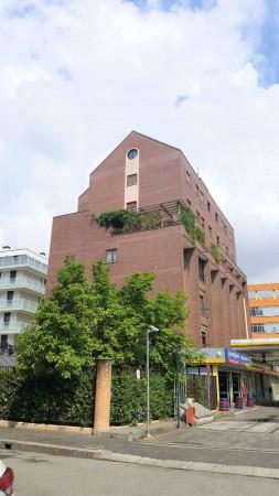 Appartamento in vendita a Milano, Ripamonti, 95 mq