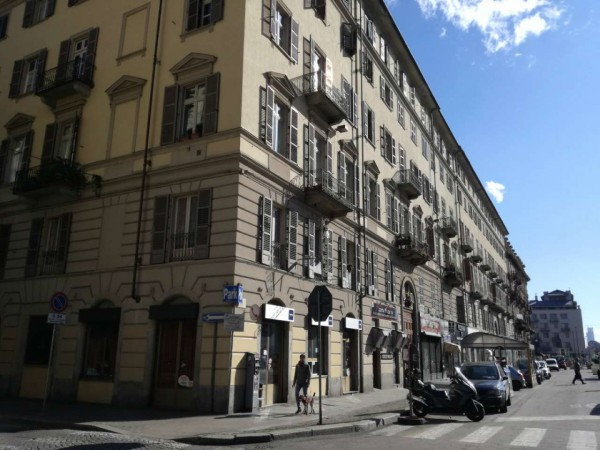 Appartamento in vendita a Torino, San Salvario, 47 mq
