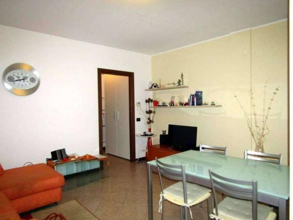 Appartamento in vendita a Peschiera Borromeo, San Bovio, Con giardino, 60 mq