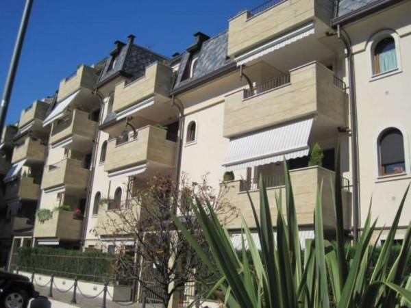 Appartamento in affitto a Senago, Arredato, con giardino, 65 mq