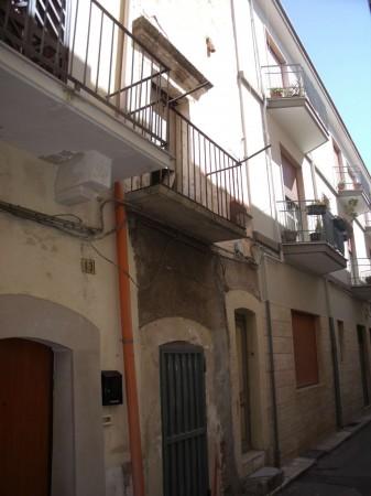 Casa indipendente in vendita a Triggiano, Centrale, 60 mq