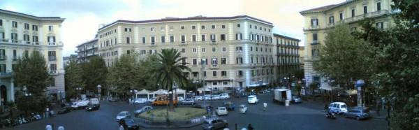 Appartamento in vendita a Napoli, 220 mq