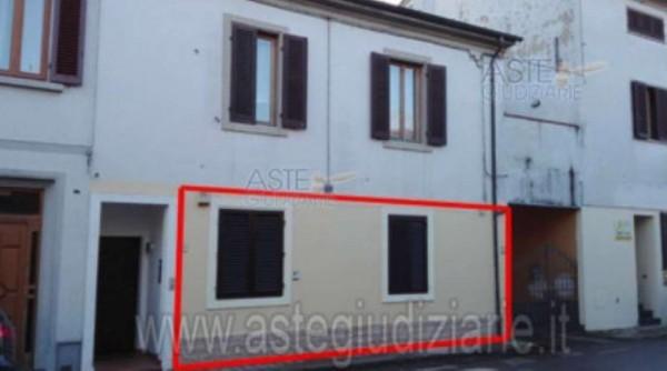 Appartamento in vendita a Agliana, Con giardino, 104 mq