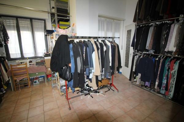 Locale Commerciale  in vendita a Alpignano, Centro, Arredato, 40 mq - Foto 5