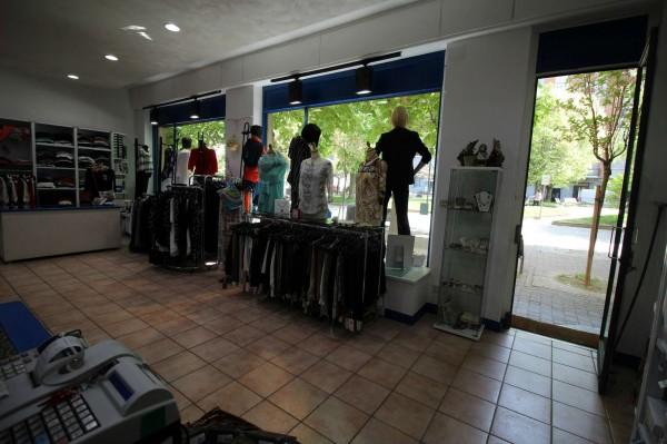 Locale Commerciale  in vendita a Alpignano, Centro, Arredato, 40 mq - Foto 3