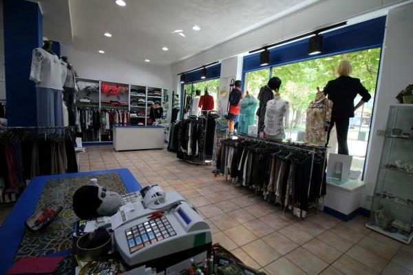Locale Commerciale  in vendita a Alpignano, Centro, Arredato, 40 mq - Foto 9