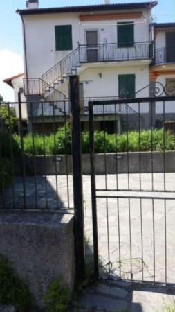 Villetta a schiera in vendita a Uscio, Con giardino, 100 mq