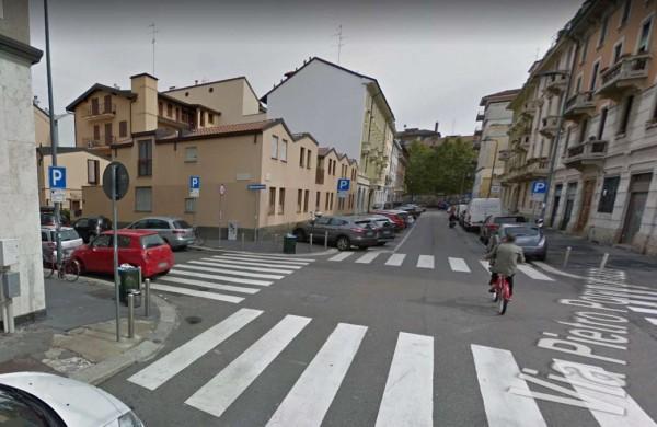 Locale Commerciale  in vendita a Milano, Navigli, 37 mq