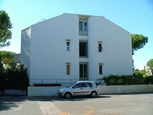 Appartamento in vendita a Cerveteri, Marina Di Cerveteri, 55 mq