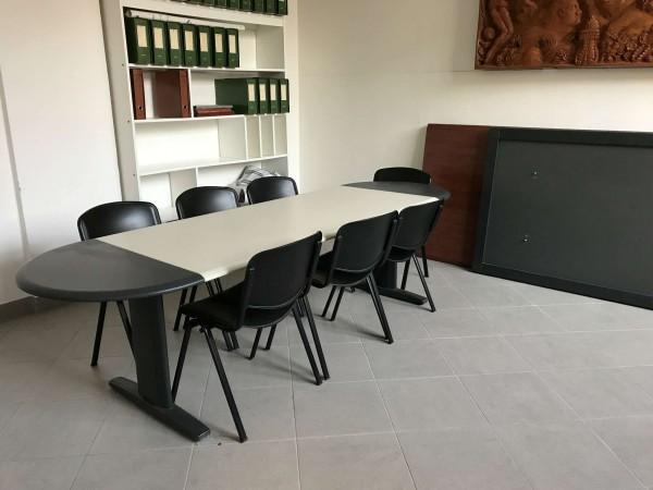 Ufficio in affitto a San Giovanni in Persiceto, Centro, Con giardino, 200 mq