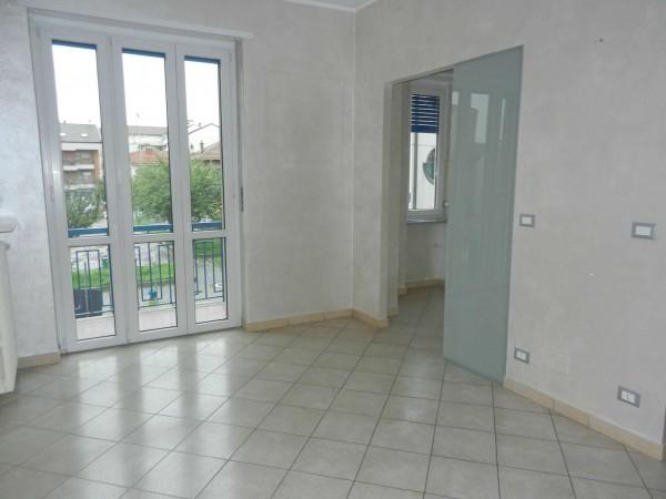 Appartamento in affitto a Venaria Reale, Centro, 60 mq